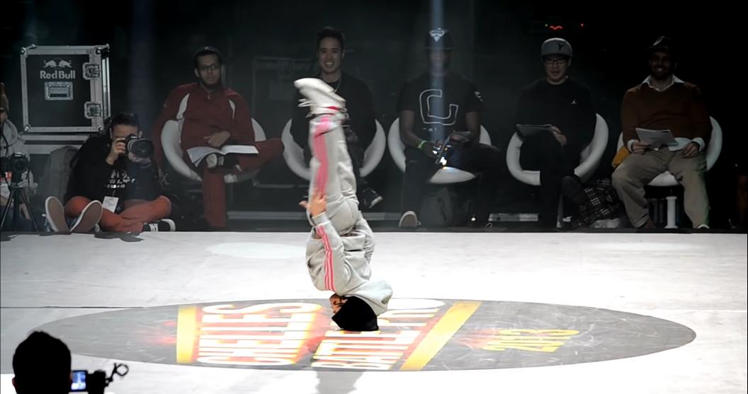 フランスで開催されたブレイクダンス・バトルで圧巻な6歳のB-Girl!